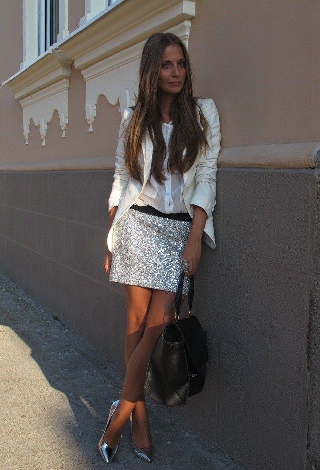 Todas las ideas de combinación blancos para la primavera elegante Apariencia: Falda floral de plata