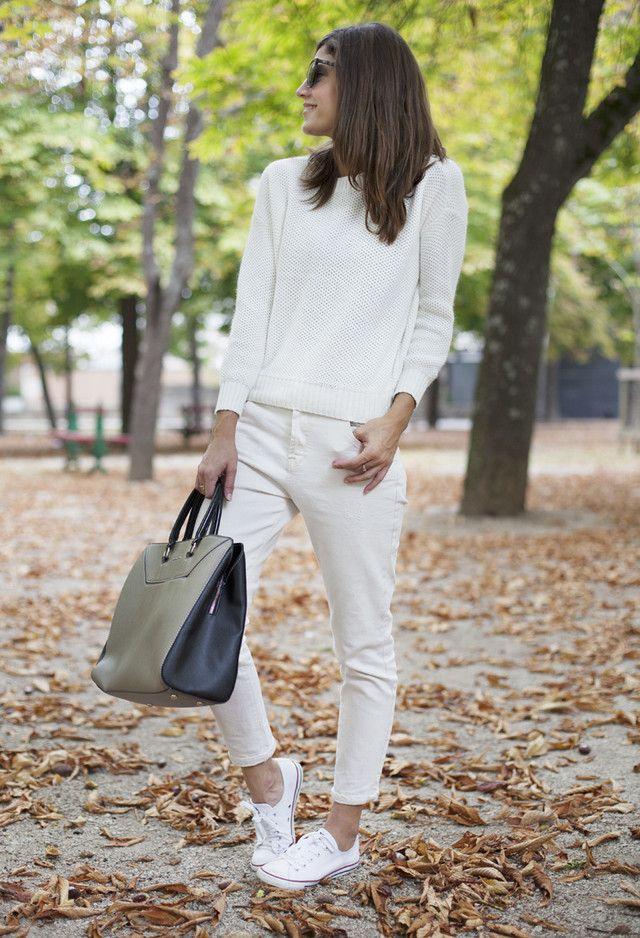 Todas las ideas de combinación blancos para la primavera elegante Apariencia: bolso grande