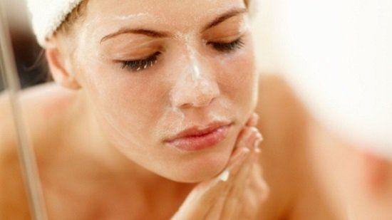 20 Productos para el cuidado de la piel tratando de costo asequible y vale la pena para las personas de piel sensible