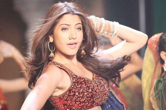 Anushka Sharma-patiala-casa