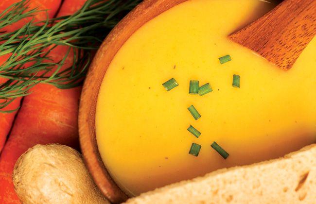 Sopa de zanahoria y manzana receta - Mujeres`s Health & Fitness