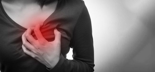 Los primeros signos de un ataque al corazón y accidente cerebrovascular se deben tener en cuenta, incluso si usted es joven