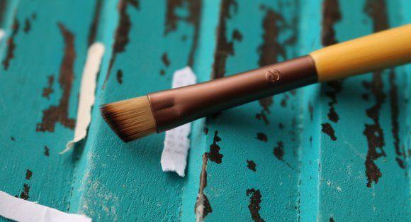 5 Maneras de utilizar el cepillo del maquillaje angular