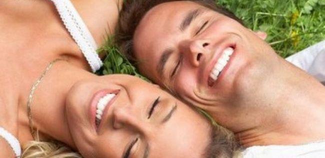 Consejos relación de las mujeres: 10 cosas más románticas que su hombre quiere que hagas