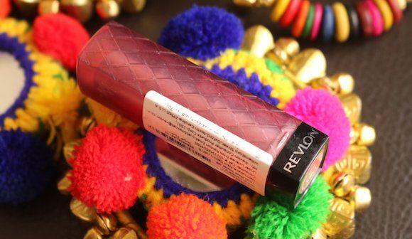 El color de labios revlon estallar opinión ciruela mantequilla de azúcar