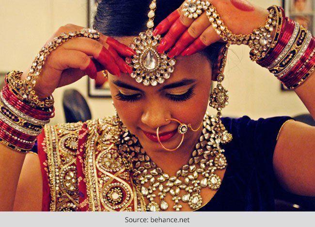 La hermosa novia gujarati - peinado de novia, sari nupcial y más
