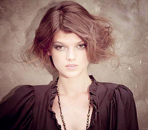 Top 10 de las mujeres más bellas peinados cortos deben tratar