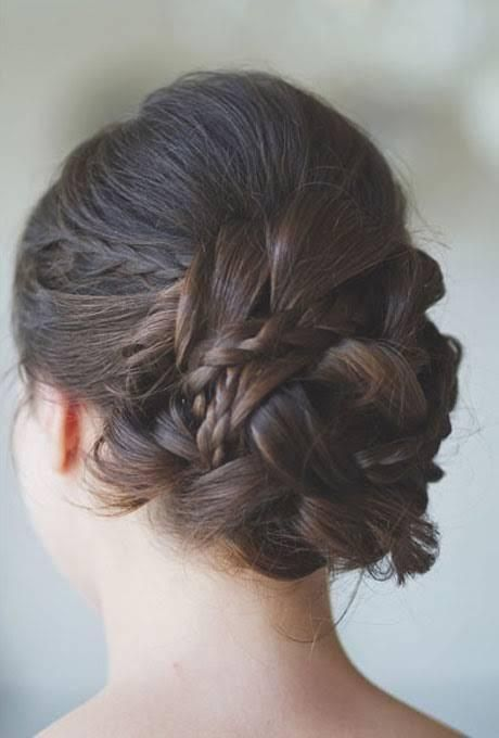 Top 12 peinados románticos para el verano