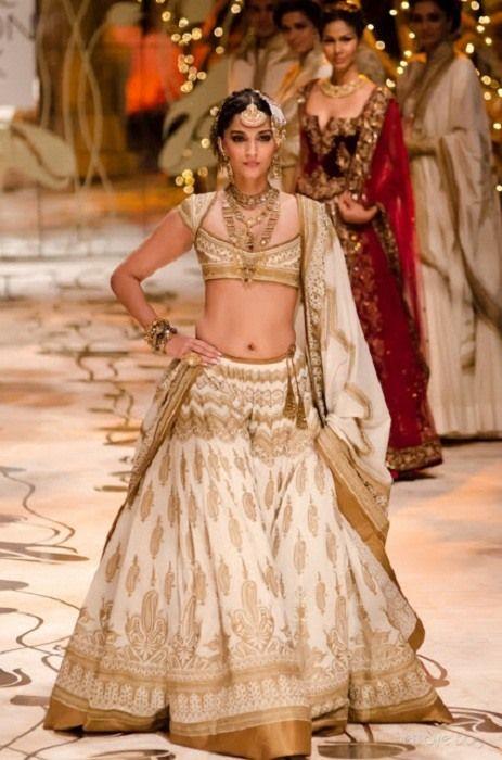 Sonam Kapoor colección de novia Rohit Bal
