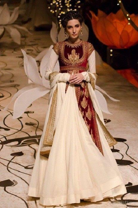Rohit Bal Colección Nupcial En Moda Nupcial India