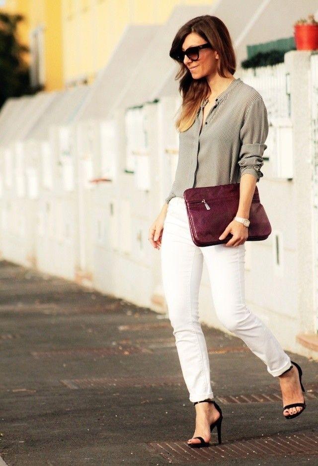 Idea elegante traje con pantalones vaqueros blancos