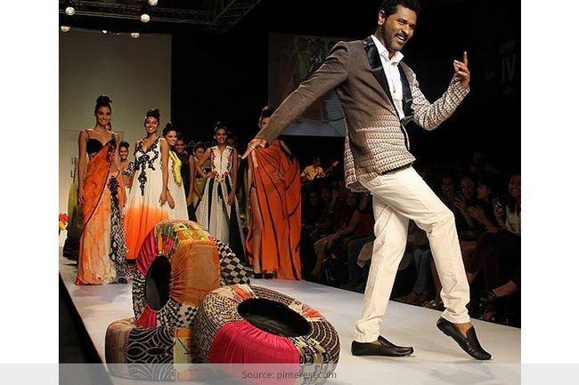 Vikram phadnis trae la india rural a la pista de la moda lakme