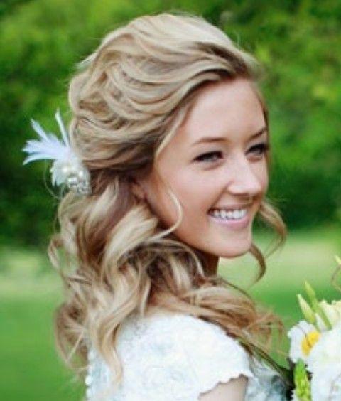 Peinados de boda: la mitad de la mitad hacia abajo bastante